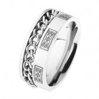 Oceľový prsteň s retiazkou, strieborná farba, ornamenty - Veľkosť: 57 mm