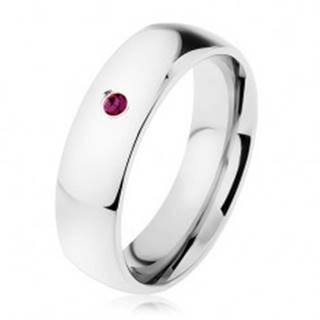 Oceľový prsteň, zrkadlový lesk, fialový zirkón, hladké ramená - Veľkosť: 49 mm