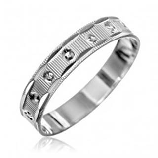 Strieborný prsteň 925 - vrúbky, pravidelné kruhy, zárezy na okrajoch - Veľkosť: 50 mm