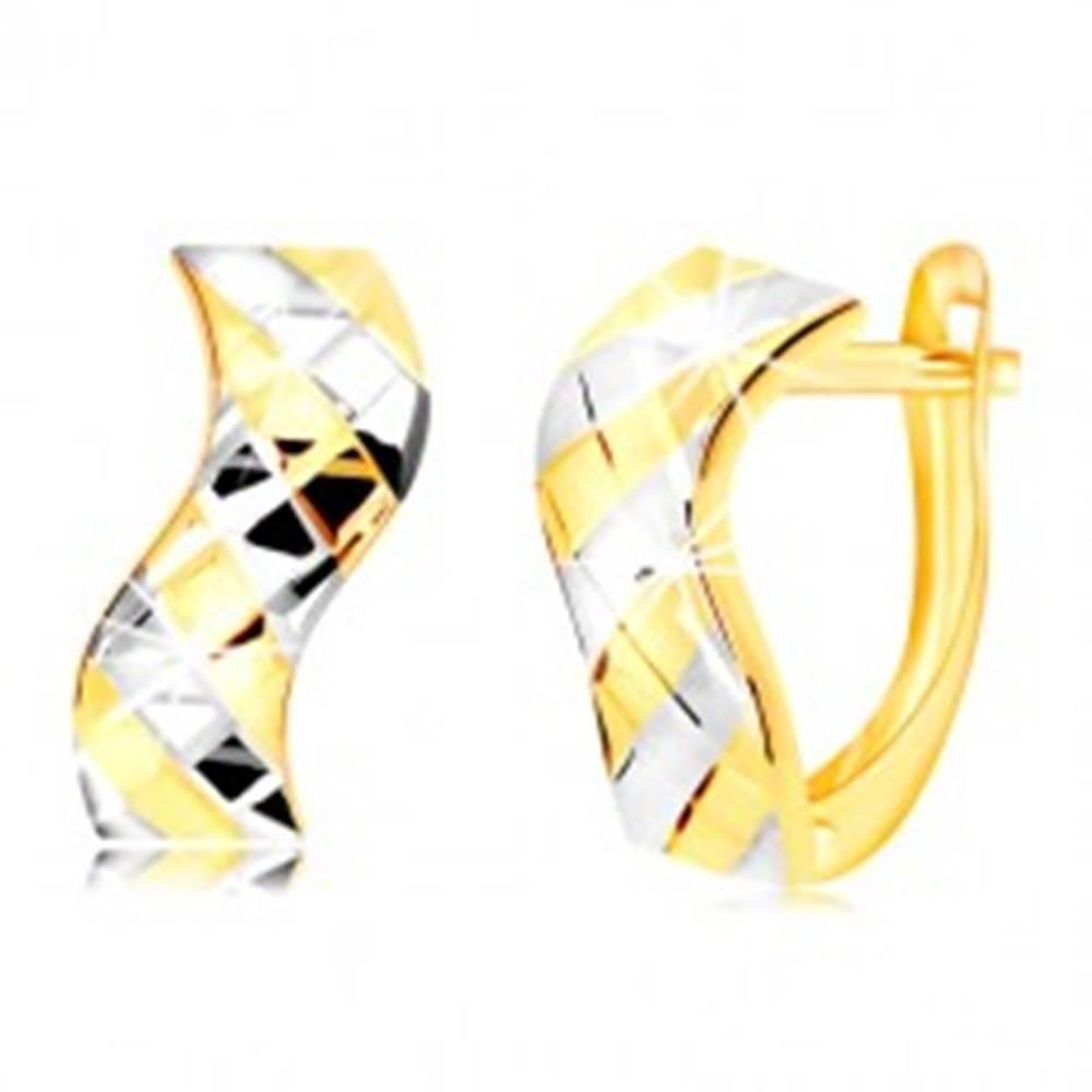Šperky eshop Náušnice zo 14K zlata - vlnka s dvojfarebnými pásikmi a mriežkou