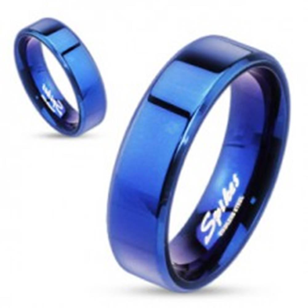 Šperky eshop Oceľový prsteň - modrá plochá obrúčka, 6 mm - Veľkosť: 49 mm
