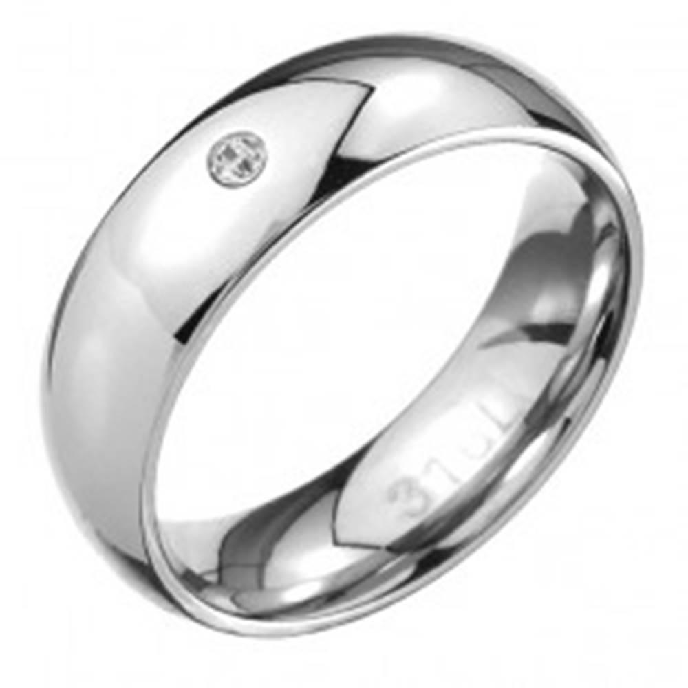 Šperky eshop Oceľový prsteň - zrkadlovo lesklý oblý povrch, číry zirkónik - Veľkosť: 49 mm