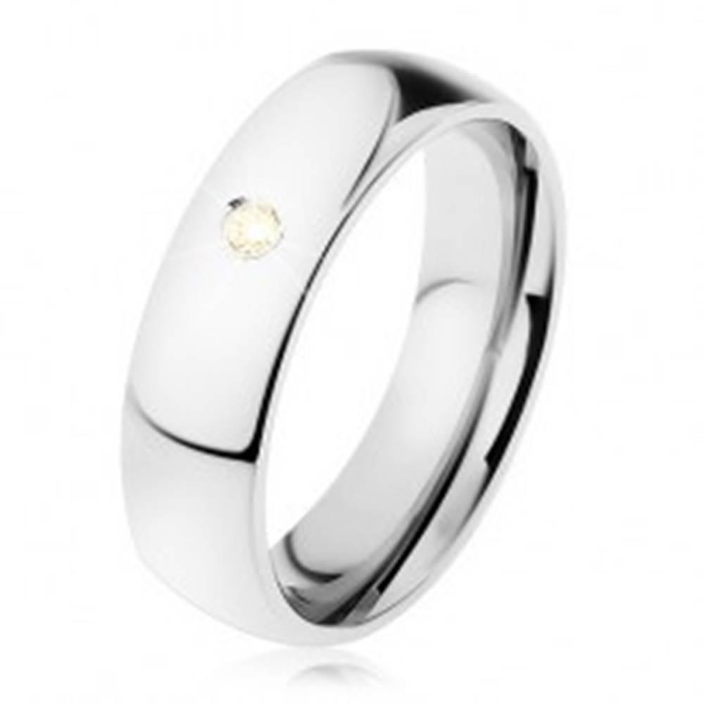 Šperky eshop Široká obrúčka, oceľ 316L, žltý zirkónik, zrkadlový lesk, 6 mm - Veľkosť: 49 mm