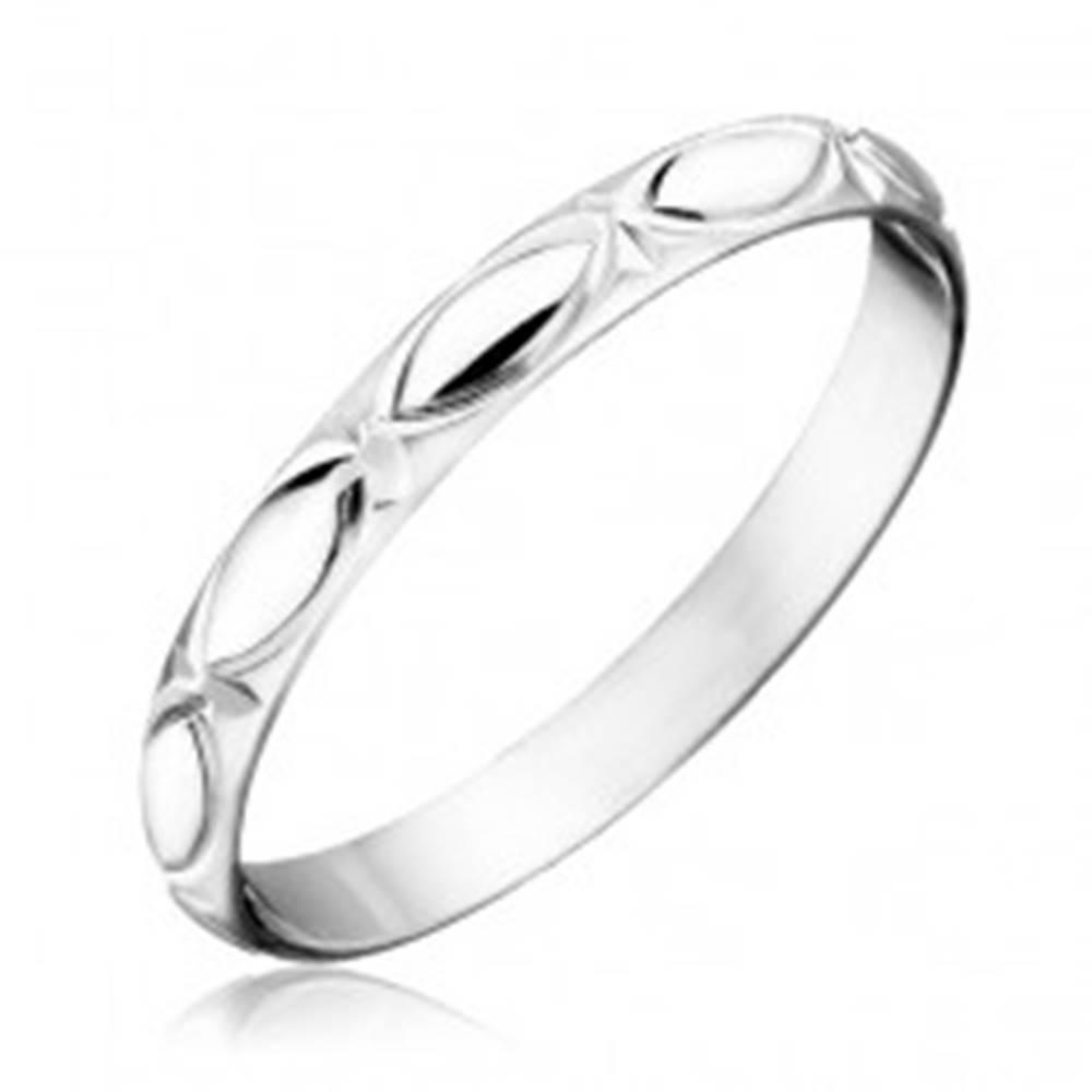 Šperky eshop Strieborný prsteň 925 - obrysy zrnka a lúče - Veľkosť: 50 mm