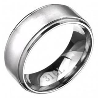 Prsteň z ocele - obrúčka s matným pásom striebornej farby, lesklé okraje - Veľkosť: 57 mm