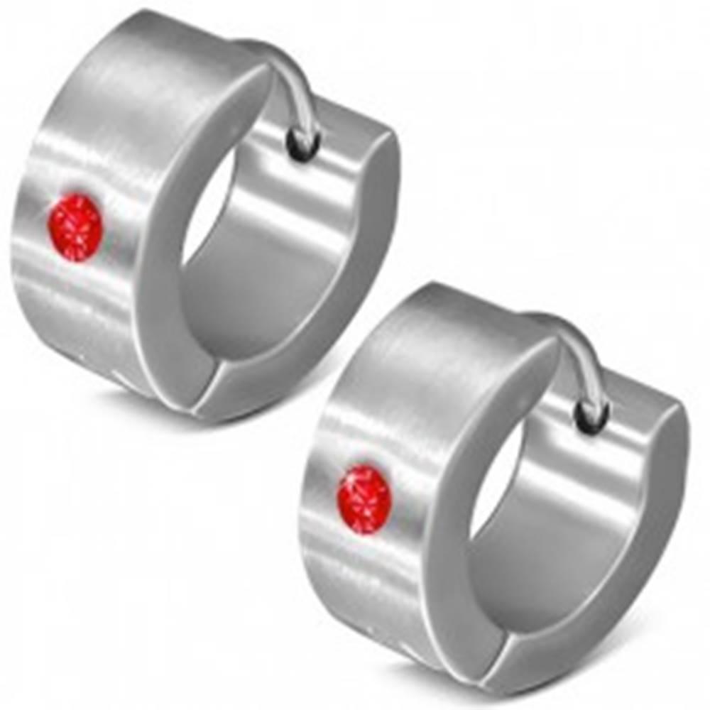 Šperky eshop Okrúhle kĺbové náušnice z ocele 316L, zrkadlový lesk, červený zirkónik