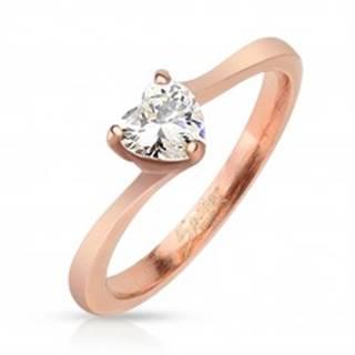 Lesklý oceľový prsteň medenej farby, číre zirkónové srdiečko - Veľkosť: 47 mm