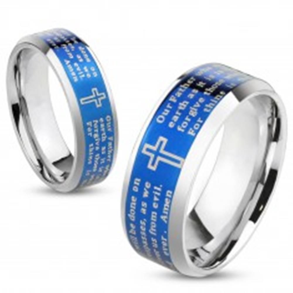 Šperky eshop Lesklá obrúčka z ocele 316L, modrý pás s krížom a modlitbou, 8 mm - Veľkosť: 60 mm