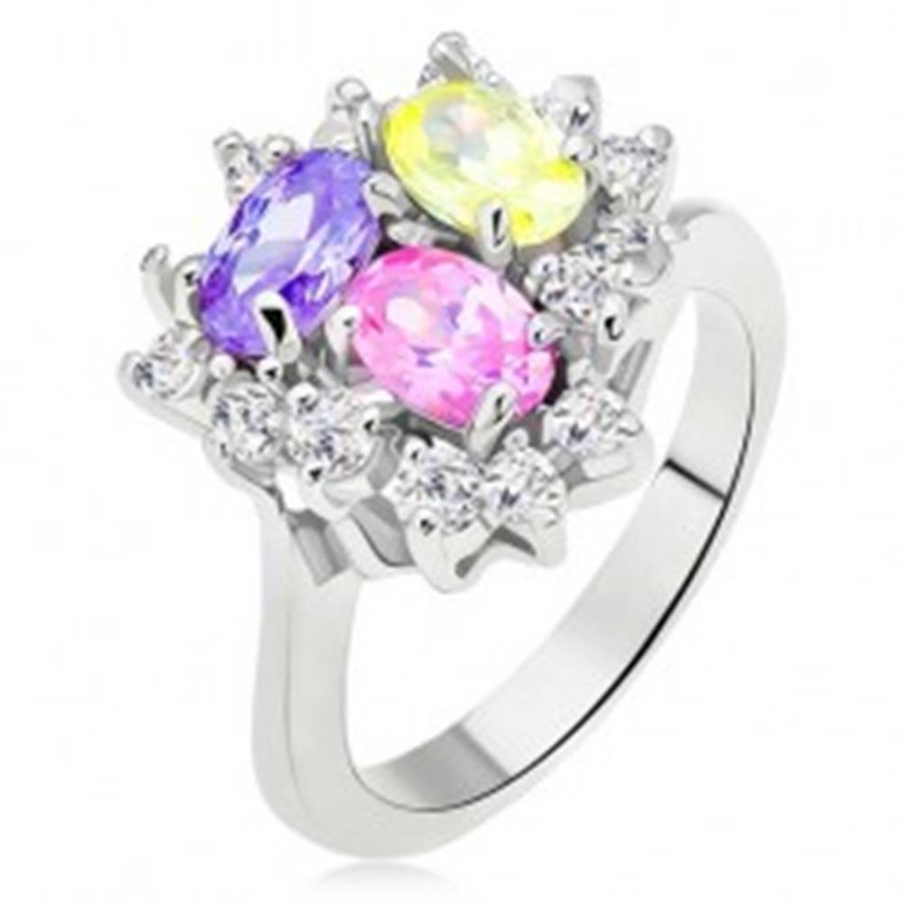 Šperky eshop Lesklý prsteň, farebné oválne zirkóny, číra línia trojuholník - Veľkosť: 49 mm