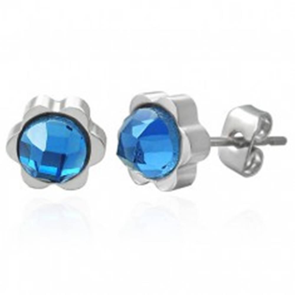 Šperky eshop Oceľové náušnice v podobe kvetu s veľkým brúseným zirkónom modrej farby