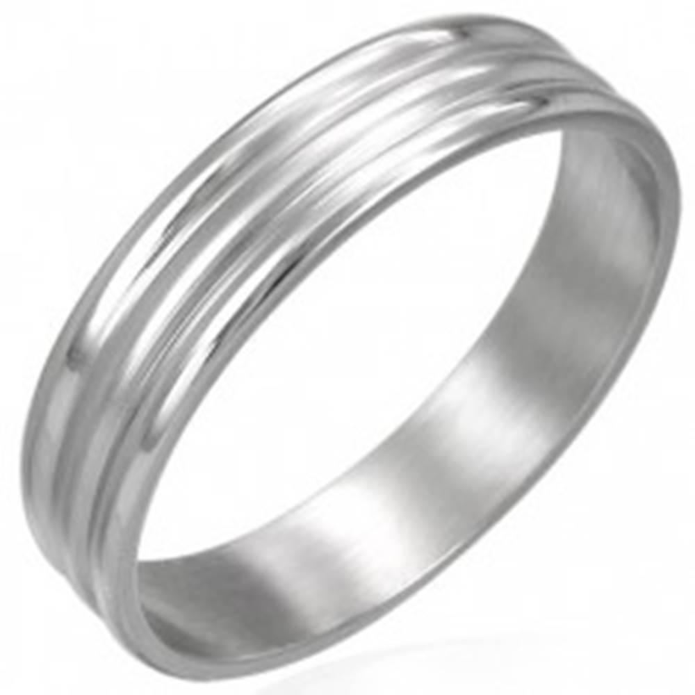 Šperky eshop Prsteň z chirurgickej ocele 2 širšie pásiky - Veľkosť: 54 mm