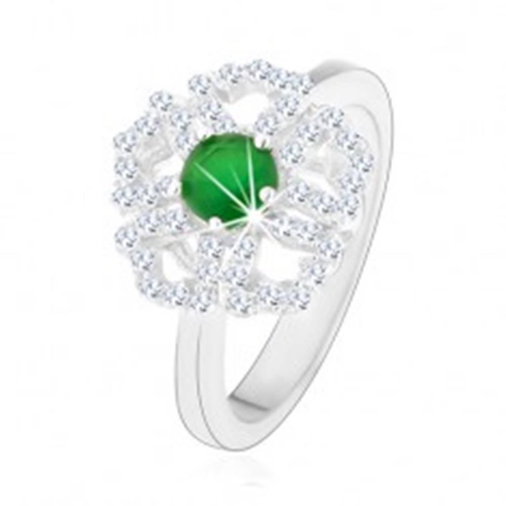 Šperky eshop Prsteň zo striebra 925, ligotavý kvietok, číre obrysy lupeňov, zelený stred - Veľkosť: 50 mm
