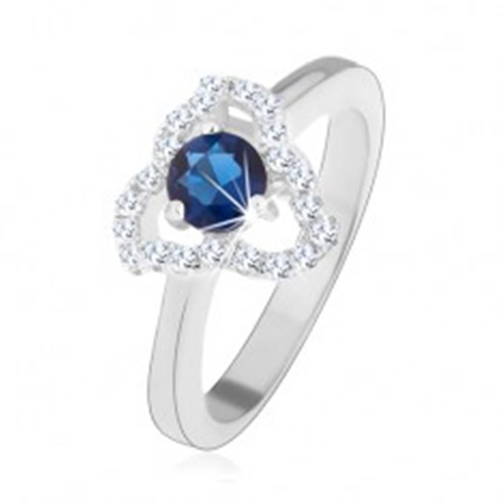 Šperky eshop Prsteň zo striebra 925, zirkónový kvet - modrý stred, zvlnené kontúry lupeňov - Veľkosť: 49 mm
