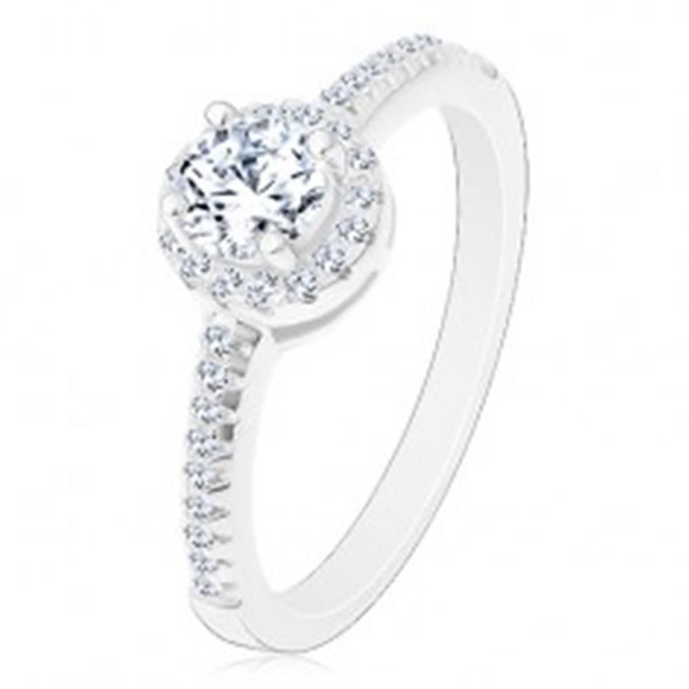 Šperky eshop Zásnubný prsteň - striebro 925, žiarivý okrúhly zirkón čírej farby v trblietavom kruhu - Veľkosť: 50 mm