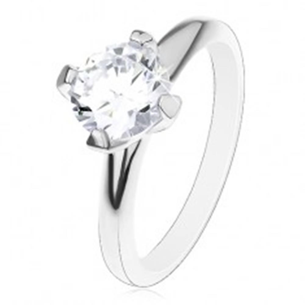 Šperky eshop Zásnubný prsteň zo striebra 925, vyvýšený okrúhly zirkón čírej farby - Veľkosť: 50 mm