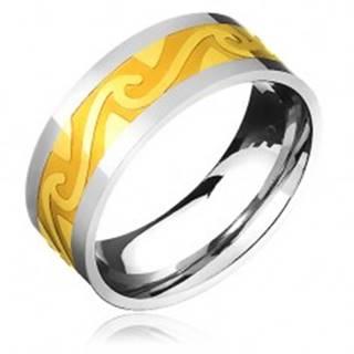 Dvojfarebná oceľová obrúčka - pás zlatej farby, motív búrlivých vĺn - Veľkosť: 57 mm