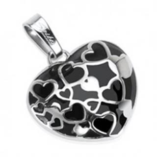 Oceľový prívesok - vypuklé čierne srdce s malými srdiečkami v línii