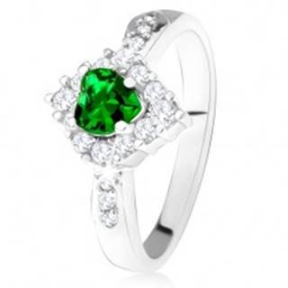 Prsteň so zeleným srdcovým zirkónom, číry kosoštvorec, striebro 925 - Veľkosť: 49 mm