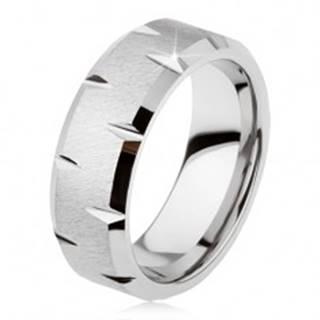 Tungstenový prsteň so saténovým povrchom, jemné lesklé zárezy po obvode - Veľkosť: 49 mm