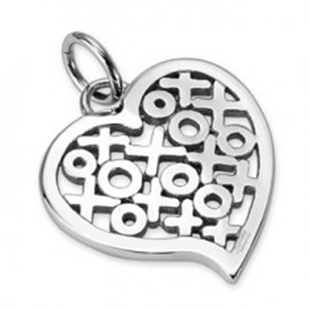 Šperky eshop Lesklý oceľový prívesok - srdce so vzorom kruhov a krížikov