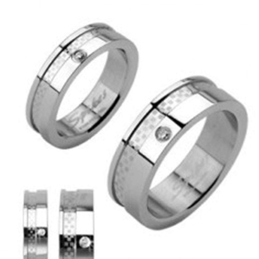 Šperky eshop Obrúčky z chirurgickej ocele so zirkónom a pruhom s matnou šachovnicou - Veľkosť: 49 mm