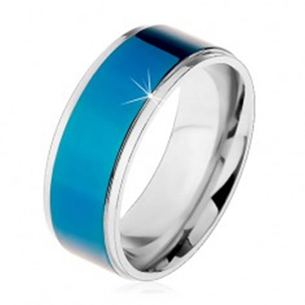 Šperky eshop Oceľový prsteň, tmavomodrý pruh, lemy striebornej farby, vysoký lesk, 8 mm - Veľkosť: 57 mm