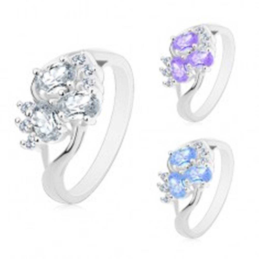 Šperky eshop Prsteň s rozdelenými ramenami striebornej farby, číre zirkóniky, brúsené ovály - Veľkosť: 49 mm, Farba: Číra