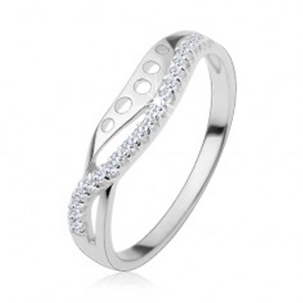 Šperky eshop Prsteň zo striebra 925, číra zirkónová vlnka, hladká línia s okrúhlymi výrezmi - Veľkosť: 47 mm