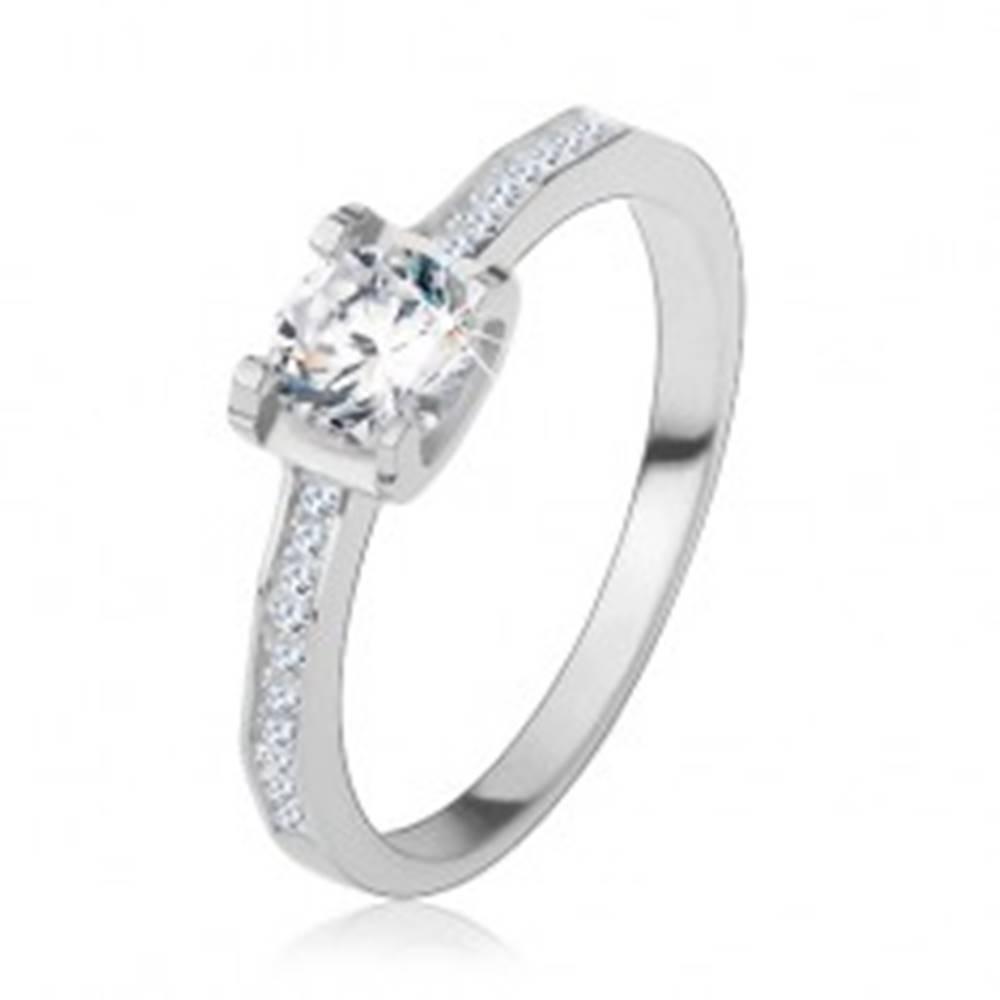 Šperky eshop Strieborný 925 prsteň, lesklé ramená, okrúhly brúsený zirkón - Veľkosť: 49 mm