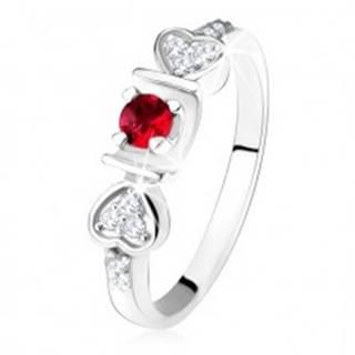 Lesklý prsteň - striebro 925, ružový okrúhly zirkón v žliabku, srdiečka, číre kamienky - Veľkosť: 50 mm