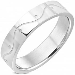 Prsteň z chirurgickej ocele striebornej farby - vlnka, 6 mm - Veľkosť: 54 mm