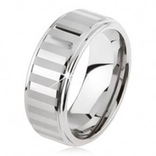 Tungstenový prsteň striebornej farby, lesklé a matné pásiky - Veľkosť: 49 mm