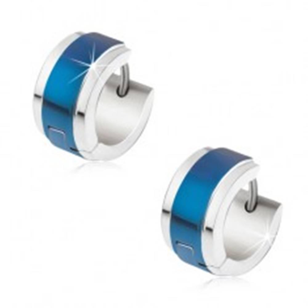 Šperky eshop Náušnice z ocele striebornej farby, modrý lesklý pás uprostred