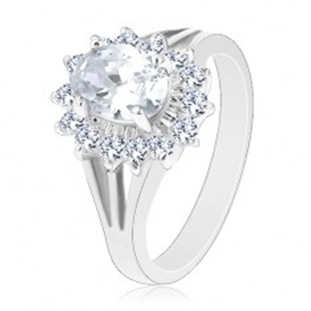 Šperky eshop Prsteň s rozdelenými ramenami, oválny zirkónový kvet čírej farby - Veľkosť: 50 mm