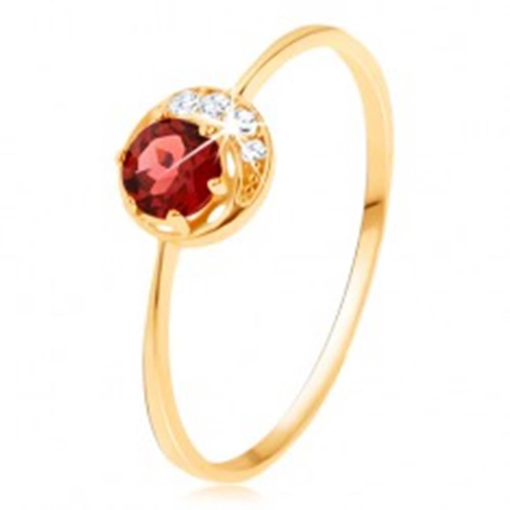 Šperky eshop Prsteň zo žltého 14K zlata - malý ligotavý polmesiačik, okrúhly granát - Veľkosť: 50 mm