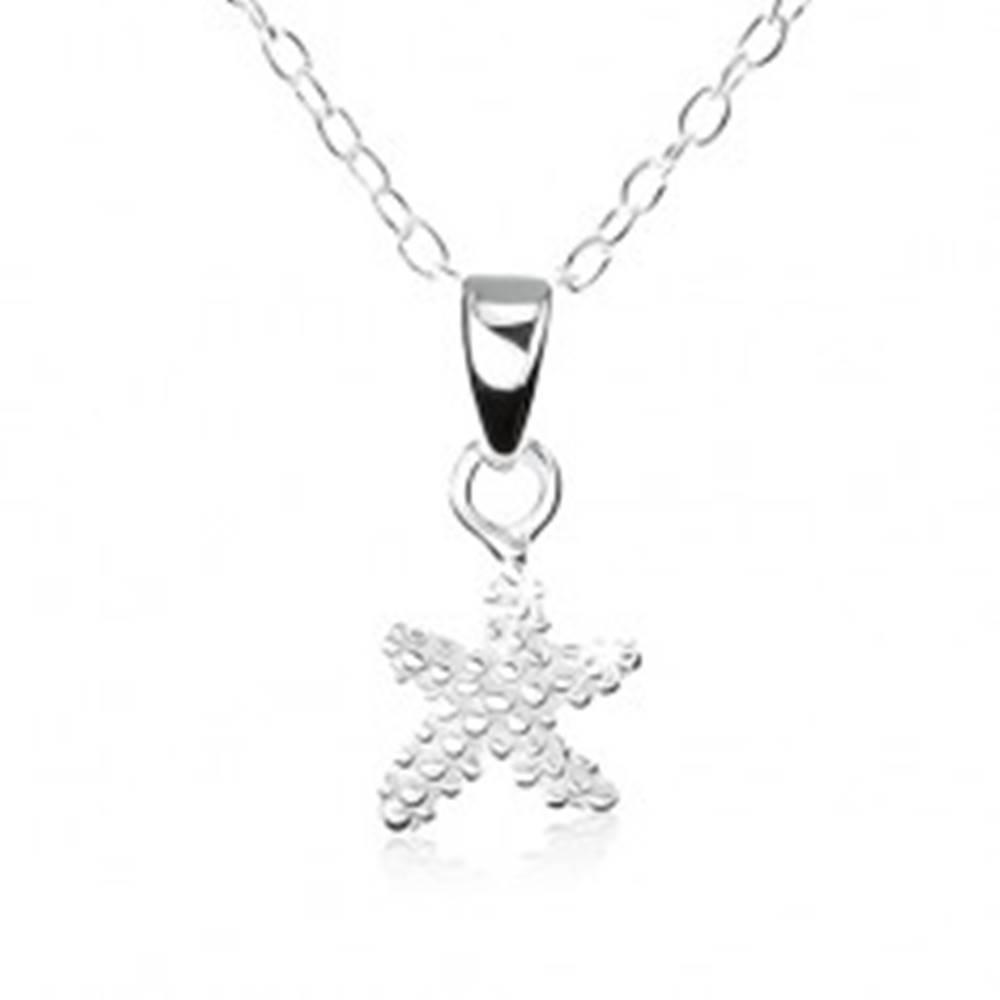 Šperky eshop Strieborný náhrdelník 925, hviezdička s gravírovanými guličkami