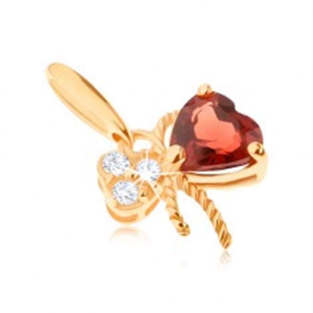 Šperky eshop Zlatý prívesok 375 - mašlička ozdobená červeným granátom a čírymi zirkónmi