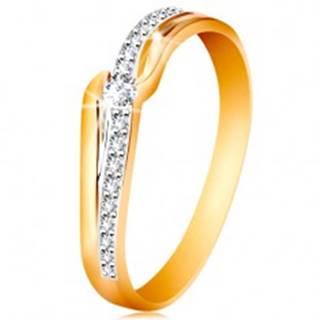 Ligotavý zlatý prsteň 585 - číry zirkón medzi koncami ramien, zirkónová vlnka - Veľkosť: 49 mm