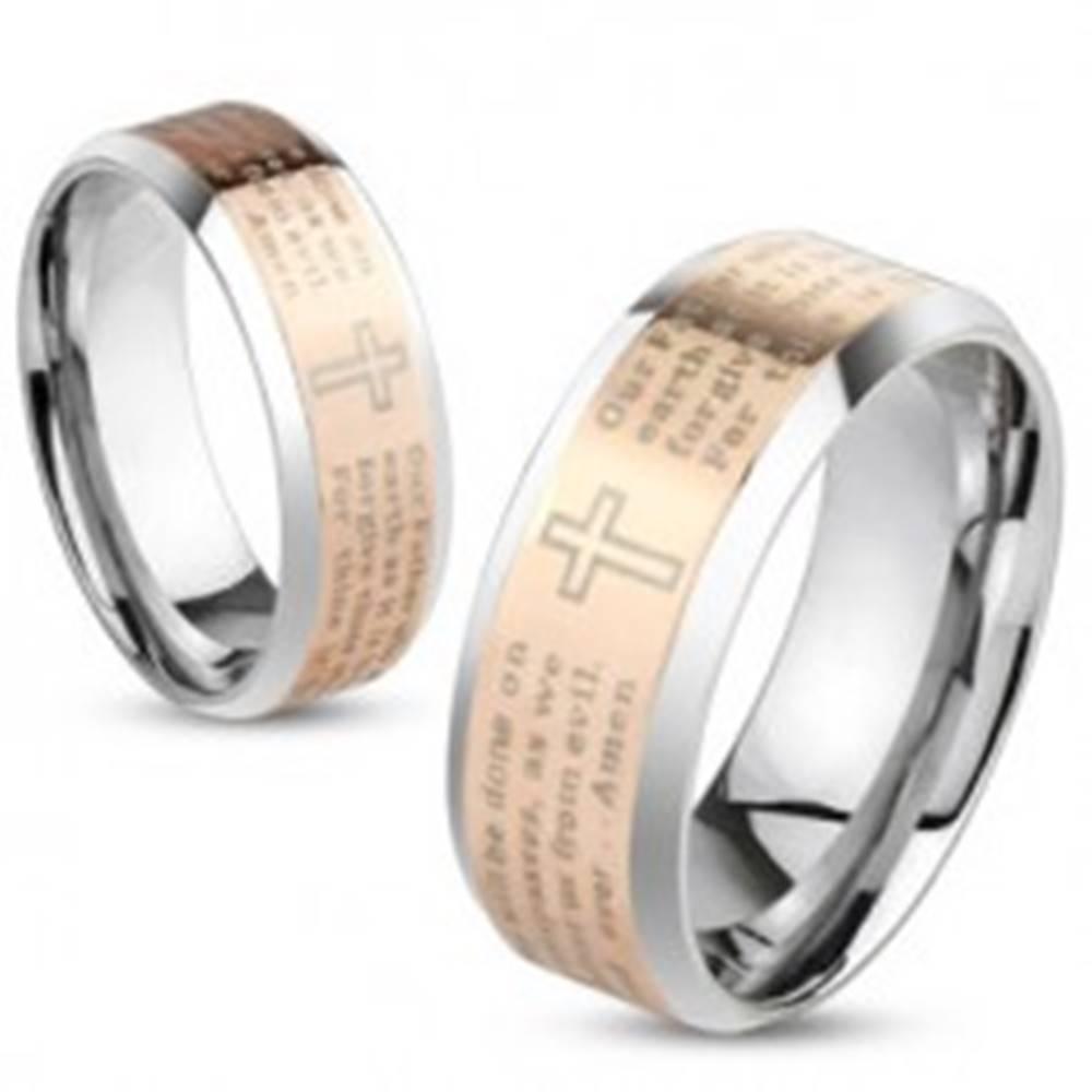Šperky eshop Oceľová obrúčka striebornej a medenej farby, modlitba Otčenáš v angličtine, 6 mm - Veľkosť: 49 mm