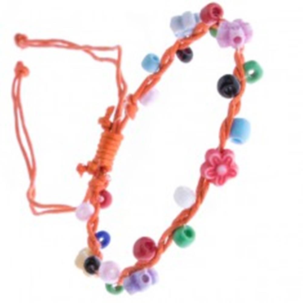 Šperky eshop Oranžový šnúrkový náramok - farebné korálky a kvietky