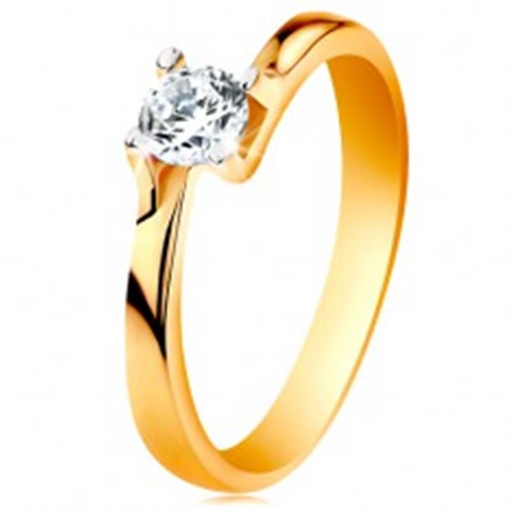 Šperky eshop Prsteň zo 14K zlata - zúžené ramená, ligotavý číry zirkón v lesklom kotlíku - Veľkosť: 49 mm