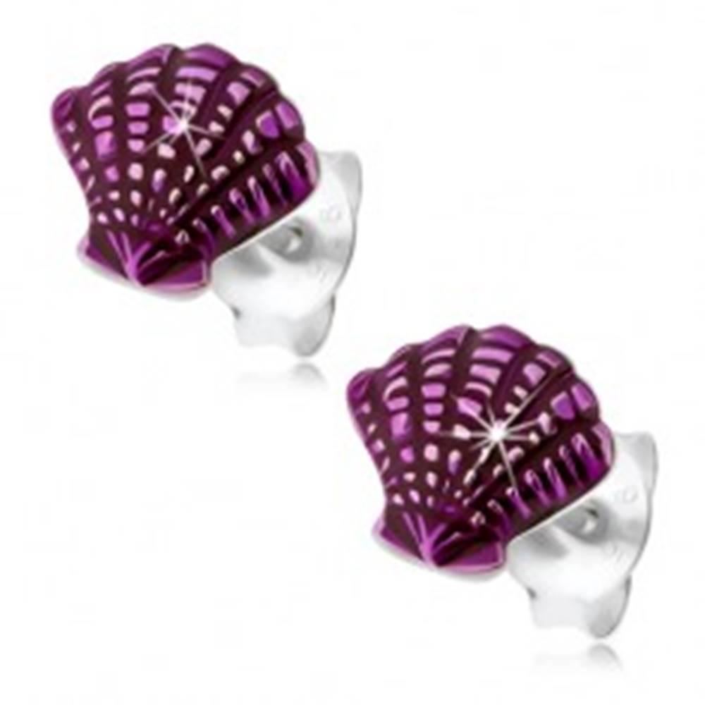 Šperky eshop Strieborné 925 náušnice, mušľa zdobená zárezmi a fialovou glazúrou