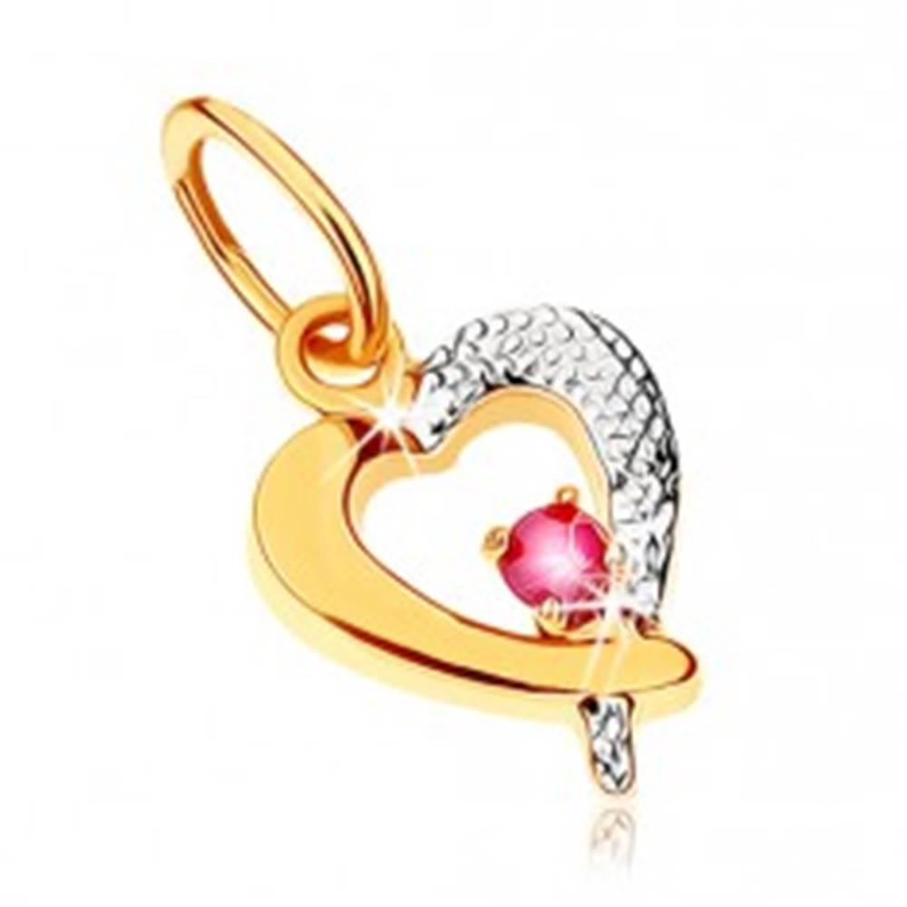 Šperky eshop Dvojfarebný prívesok v 9K zlate - obrys srdca s tmavoružovým rubínom, ródiovaný