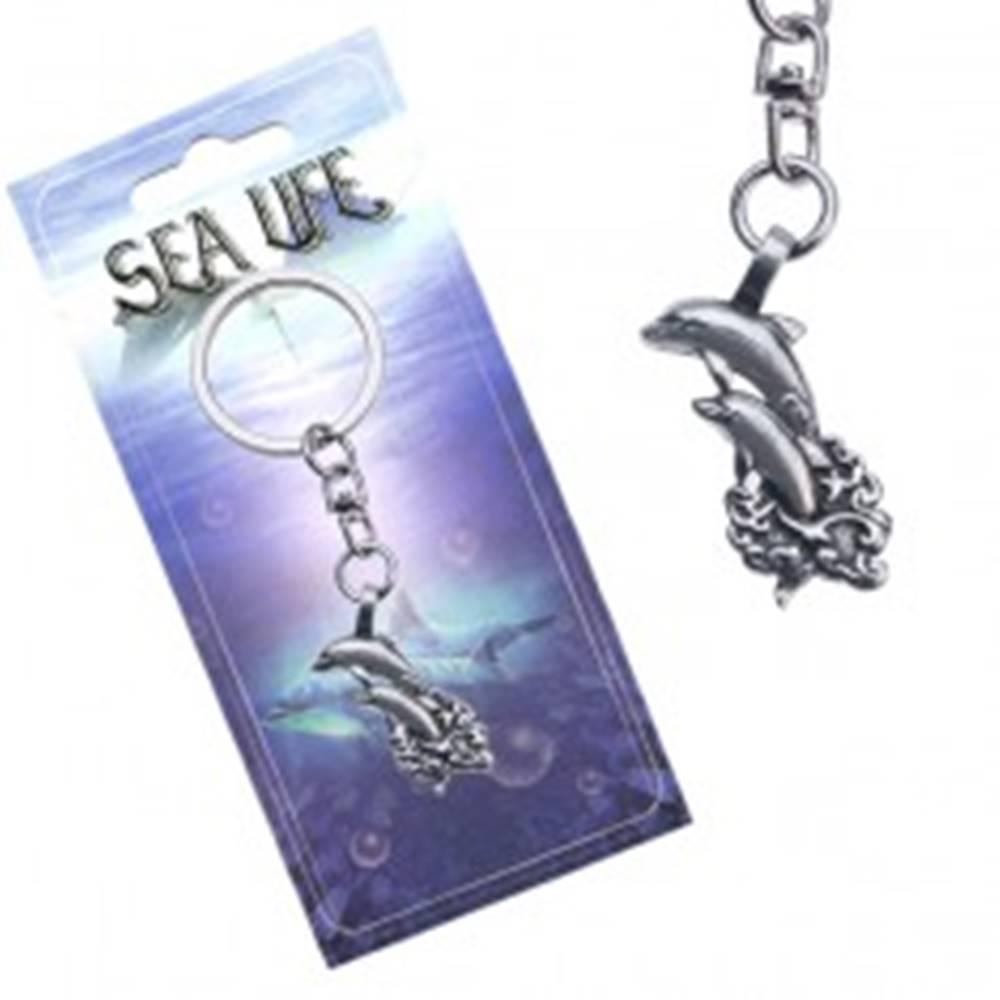 Šperky eshop Lesklý prívesok na kľúče, dva delfíny vyskakujúce z vĺn