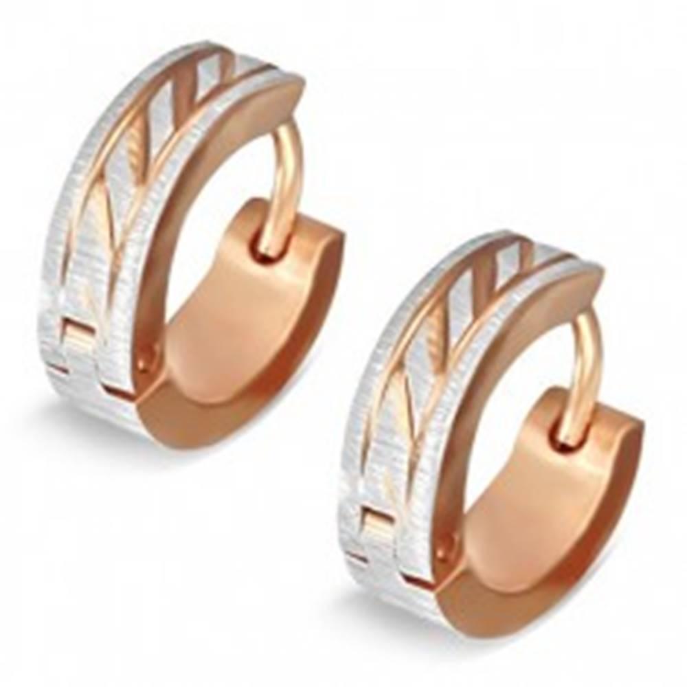 Šperky eshop Náušnice z ocele - dvojfarebné krúžky so šikmými ryhami, saténový lesk
