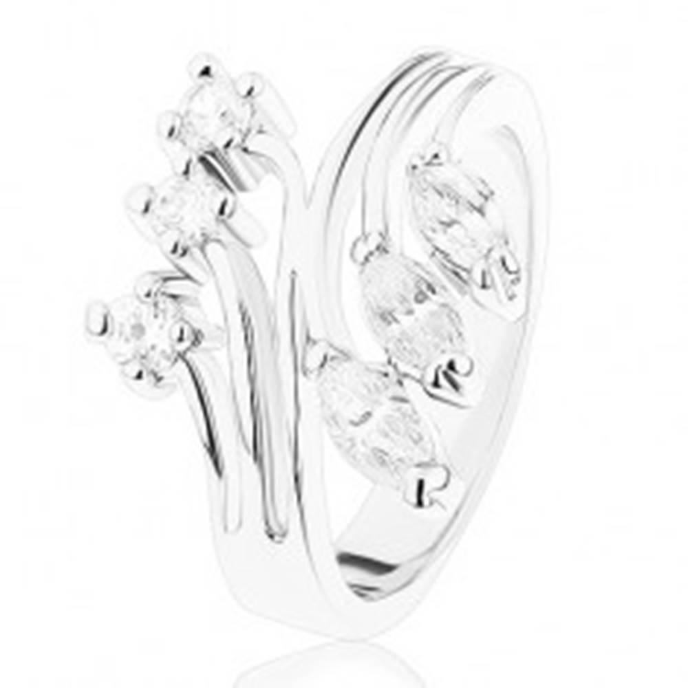 Šperky eshop Prsteň s lesklými rozvetvenými ramenami a zirkónovým ukončením - Veľkosť: 48 mm
