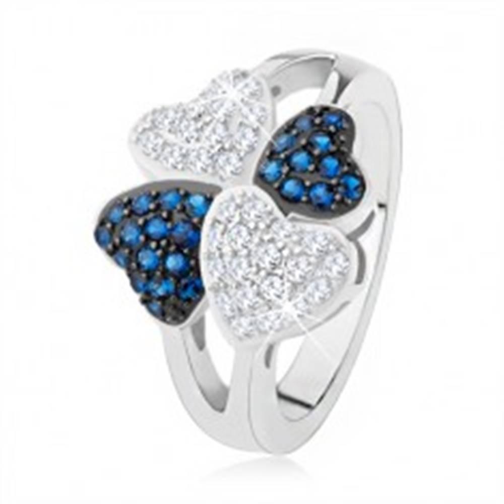 Šperky eshop Prsteň zo striebra 925, štyri srdiečka - drobné číre a modré kamienky - Veľkosť: 50 mm