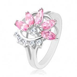 Prsteň s lesklými rozdelenými ramenami, ružovo-číry polovičný kvet - Veľkosť: 49 mm