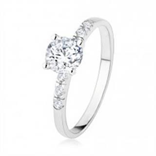 Zásnubný strieborný prsteň 925, číry zirkón, trblietavé kamienky, vrúbkovanie - Veľkosť: 50 mm