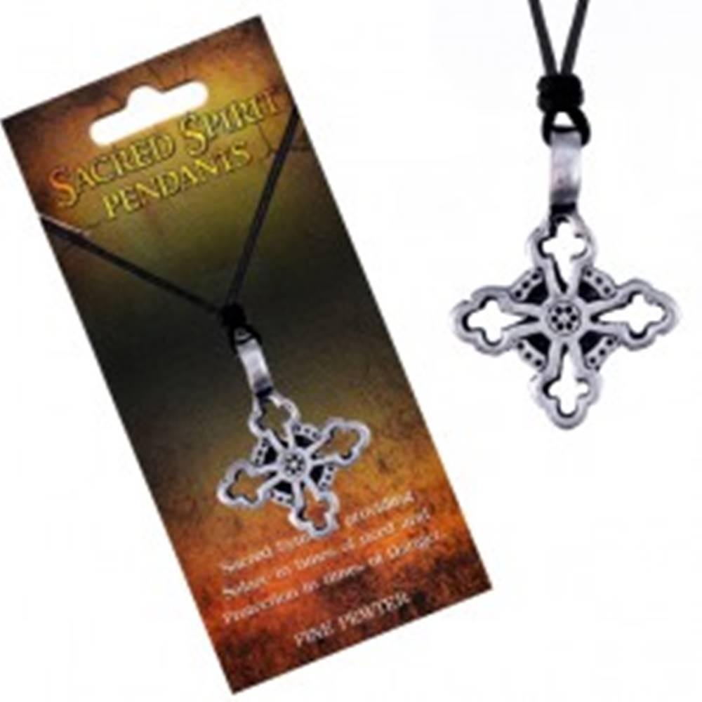Šperky eshop Náhrdelník – čierna šnúrka a kovový prívesok, ľaliový kríž